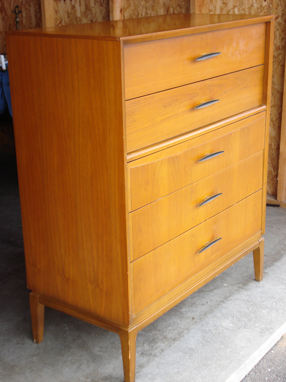 Unaugusta Entine highboy 5-drawer dresser