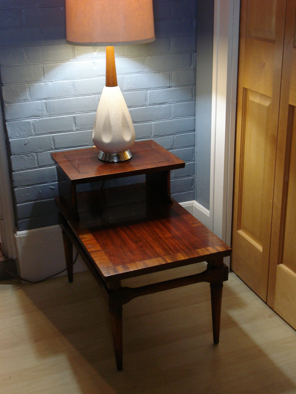 Lane end table #1487