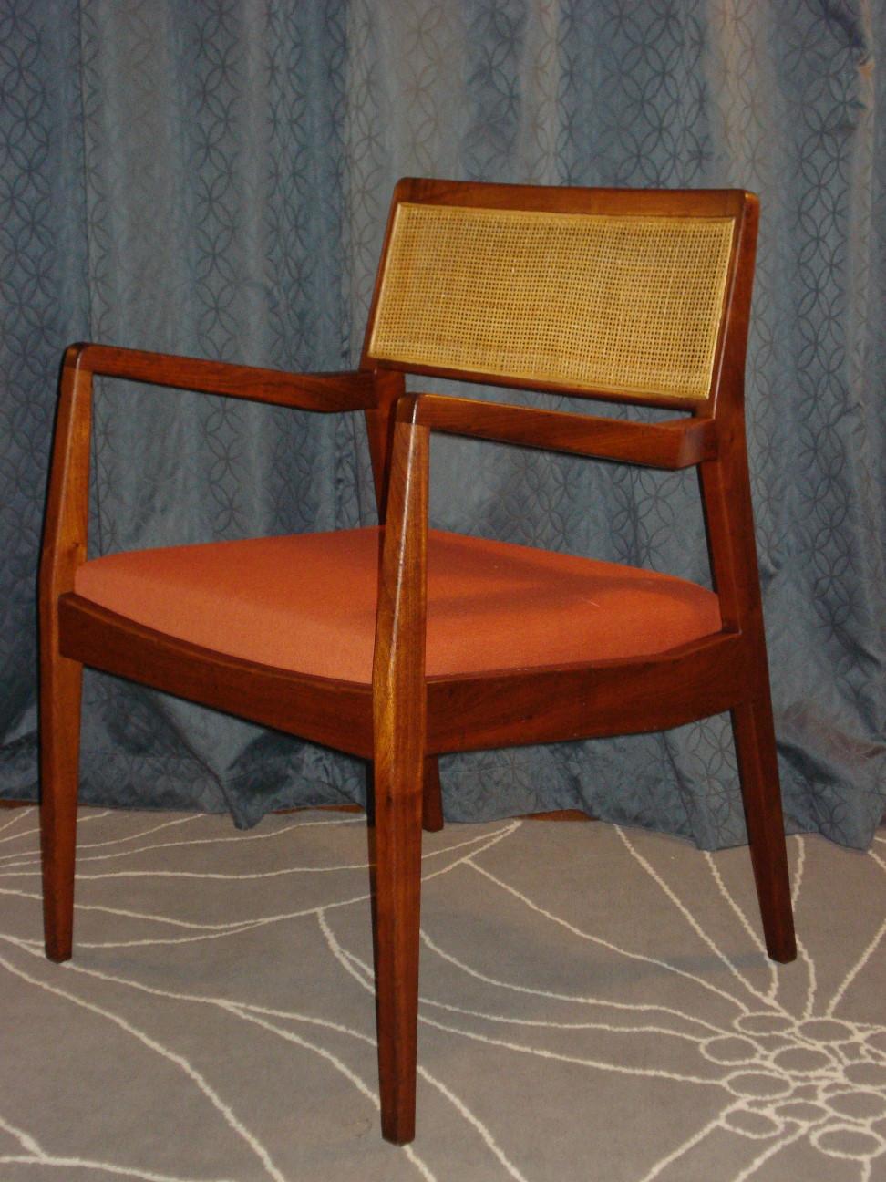 Jens Risom C140 Chair