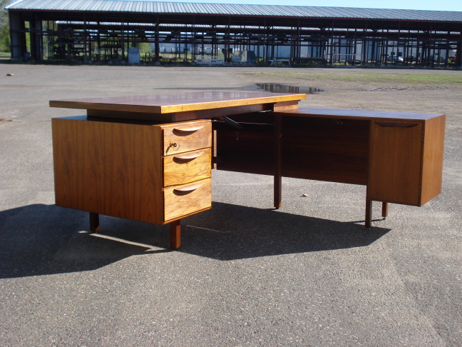 Jens Risom floating top desk.