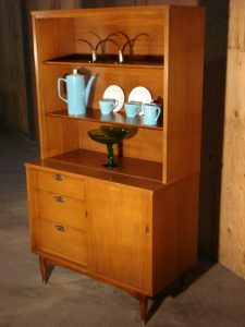 Hooker Mainline China Hutch