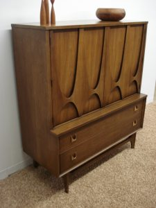 Broyhill Brasilia Chest